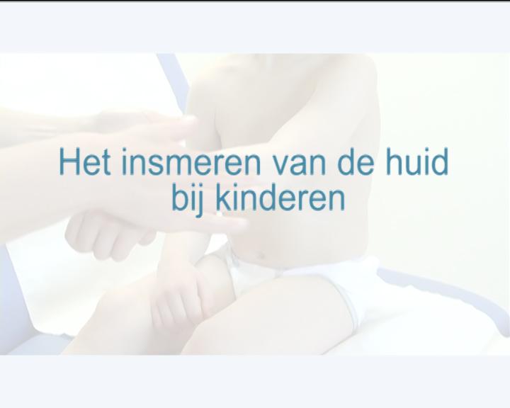 Bekijk de video: Eczeem / Insmeren van de huid bij kinderen